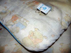 порча в подушке